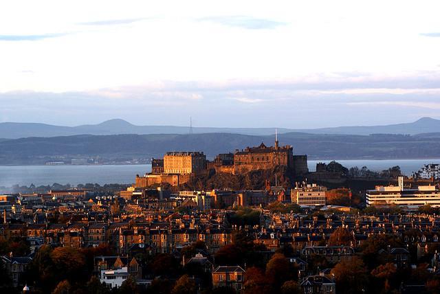 10 крупнейших замков мира